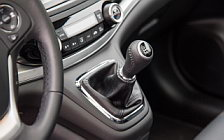 Обои автомобили Honda CR-V - 2015