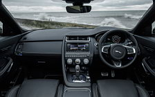 Обои автомобили Jaguar E-Pace P300 AWD R-Dynamic UK-spec - 2017