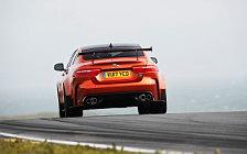 Обои автомобили Jaguar XE SV Project 8 - 2017
