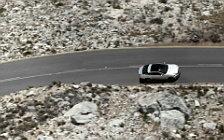 Обои автомобили Jaguar XJ - 2011