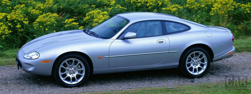 Обои автомобили Jaguar XKR Coupe - 1998-2002 - Car wallpapers
