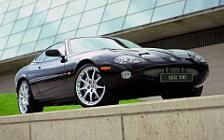 Обои автомобили Jaguar XKR 100 Coupe - 2002