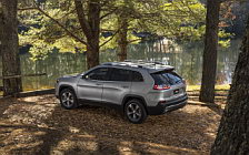 Обои автомобили Jeep Cherokee Limited - 2018