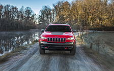Обои автомобили Jeep Cherokee Trailhawk - 2018