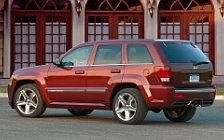 Обои автомобили Jeep Grand Cherokee SRT8 - 2008