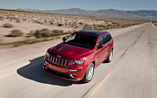 Обои автомобили Jeep Grand Cherokee SRT8 - 2011