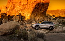 Обои автомобили Jeep Grand Cherokee Trailhawk - 2016