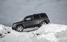 Обои автомобили Jeep Patriot Latitude - 2015