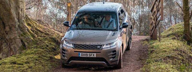 Обои автомобили Range Rover Evoque D240 SE R-Dynamic UK-spec - 2019 - Car wallpapers