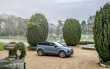 Обои автомобили Range Rover Evoque R-Dynamic First Edition - 2019