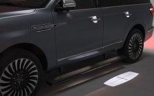 Обои автомобили Lincoln Navigator Black Label - 2017