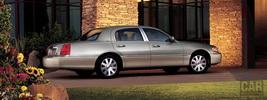 Lincoln Town Car - 2005