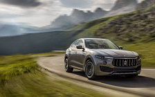 Обои автомобили Maserati Levante S Q4 GranLusso - 2017