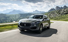 Обои автомобили Maserati Levante S Q4 GranSport - 2017