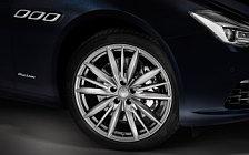 Обои автомобили Maserati Quattroporte S Q4 GranLusso - 2018